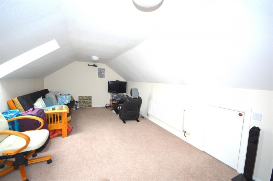Images for Park Close, Earls Barton EAID:hortseaapi BID:1