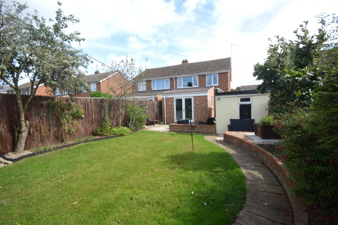 Images for 12 Streeton Way, Earls Barton, NORTHAMPTON EAID:hortseaapi BID:1