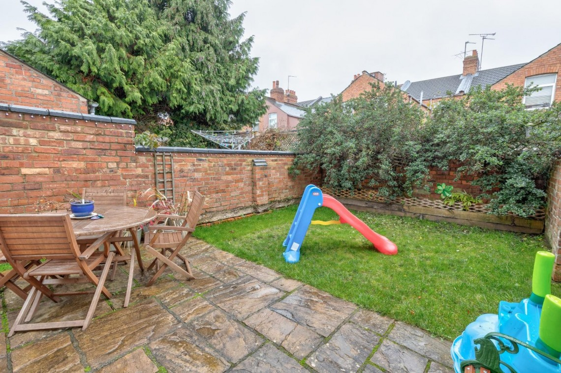 Images for 34 Lutterworth Road, Abington EAID:hortseaapi BID:1