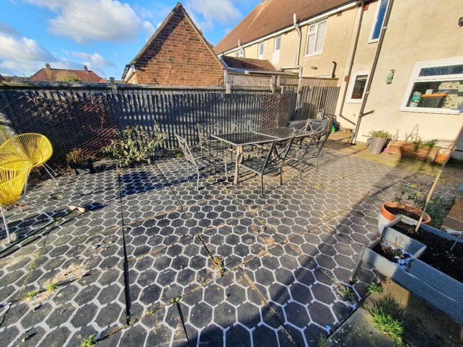 Images for Grafton Road, Roade, Northampton EAID:hortseaapi BID:1